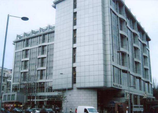 ロイヤルガーデンホテル ロンドン